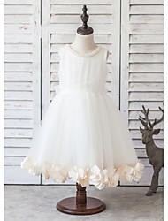 Princess Knee-length Flower Girl Dress - Organza / Satin / Tulle Sleeveless Scoop with Flower(s) / Pearl Detailing