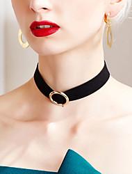 Modische Halsketten Halsketten Schmuck Halloween Geburtstag Party Alltag Normal Weihnachts Geschenke Basis Design Rock Aleación Stoff