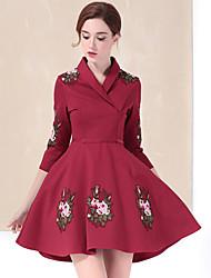 Feminino Evasê Vestido, Casual Simples Bordado Colarinho de Camisa Acima do Joelho Manga ¾ Vermelho / Cinza Algodão / PoliésterOutono /