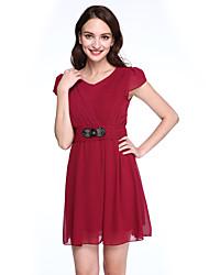 Damen Hülle Kleid-Ausgehen / Übergröße Einfach / Boho Solide Rundhalsausschnitt Übers Knie Kurzarm Blau / Rosa / Rot / Schwarz / Lila