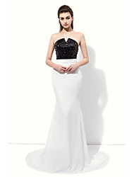 Formal Evening Dress - Sexy Trumpet / Mermaid Notched Floor-length Chiffon with Beading
