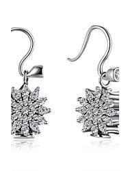 Boucles d'oreille goutte Zircon cubique Argent sterling Zircon Imitation de diamant Argent Bijoux Mariage Soirée Quotidien Décontracté1