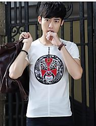 2017 neue Sommer-Baumwoll-T-Shirt mitfühlende Männer&# 39; s nationale Wind Stickerei Zustrom von Männern koreanischen Kurzarm-T-Shirt