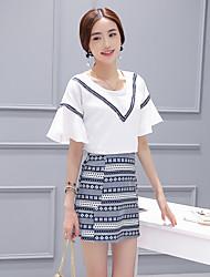 Signe 2017 Amoi simple, chemise à manches corne + modèle national tailleur jupe de coupe dimensionnelle