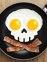 Funny Skull Egg Fry Mold Halloween Silicone Omelette Cooking Mould (Random Color)