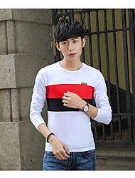 Frühjahr 2017 Männer&# 39; s Langarm-T-Shirt mit Rundhals-Shirt der koreanischen Hit Nähte schlank wilden mitfühlend Studenten