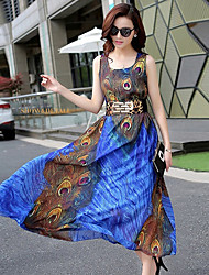 Sign peacock feather belt put on a large irregular printing long section chiffon dress with belt
