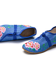 x02 # Chinese style and old Beijing woman Square dance shoes embroidered shoes Ms. shoes canvas shoes national wind