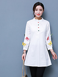Early spring 2017 new women's Heavy embroidered butterfly shirt Slim wild fashion simple long-sleeved T-shirt