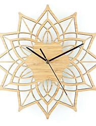Modern/Contemporary Casual Animals Nautical Wall Clock,Novelty Metal Wood 30 Indoor/Outdoor Indoor Clock