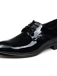 Men's Shoes Patent Leather Spring Summer Fall Winter Formal Shoes Oxfords For Casual Party & Evening Office & Career Black Red