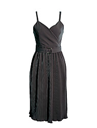 Sign Hanguo Qiu winter retro Slim was thin pleated V-neck black dress and long sections sling