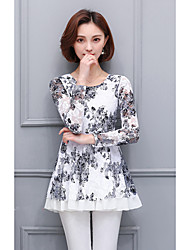 2017 spring new large size women lace shirt printing long-sleeved shirt and long sections loose blouses