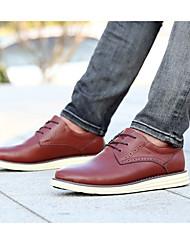 Sapato da pele de porco do conforto das sapatilhas dos homens&Carreira casual sombrios luz marrom pretos