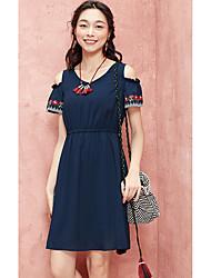 Dámské Ležérní A Line Šaty Jednobarevné Výšivka,Krátký rukáv Do V Nad kolena Polyester Léto Mid Rise Neelastické Tenké
