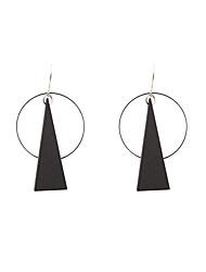 Mulheres Brincos Compridos Jóias Geométrico Moda Personalizado Estilo simples Madeira Natural Triangular Jóias ParaCasamento