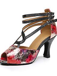 Для женщин Латина Шёлк Сандалии Кроссовки Профессиональный стиль С пряжкой На толстом каблуке Красный 5 - 6,8 см Персонализируемая
