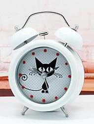 Casual Animal Wall ClockRound Novelty Metallic Indoor Clock Lovely mysterious kitten