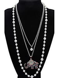 Mujer Chica Collares con colgantes Strands Collares Collares en capas Perla artificial Cristal Forma de Animal Perla Brillante Legierung