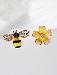 Women's Stud Earrings Imitation Diamond Fashion Mismatch Classic Alloy Flower Bee Jewelry For Gift Daily Evening Party Date