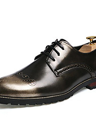 Men's Shoes Patent Leather Fall Winter Formal Shoes Oxfords For Casual Party & Evening Outdoor Office & Career Black Red Light Brown