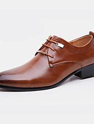 Для мужчин обувь Дерматин Весна Осень Формальная обувь Туфли на шнуровке Заклепки Назначение Для вечеринки / ужина Черный Коричневый