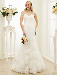Mermaid / Trumpet Sweetheart Sweep / Brush Train Tulle Wedding Dress with Flower(s) Side-Draped by LAN TING BRIDE®