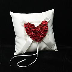 Подушка для обручальных колец, с красным сердце из роз