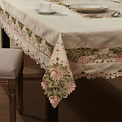 "59 ""X104"" European Style White Floral Table Cloth"