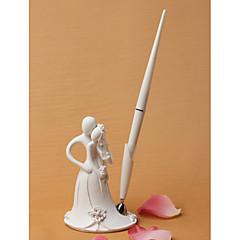 Nevěsta a ženich designu svatební pero set v bílém pryskyřice