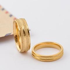 טבעות לזוג פלדת טיטניום ציפוי זהב Round Shape קלאסי מוזהב תכשיטים יומי קזו'אל