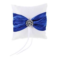 hvid ring pude i blå / rød satin med rhinsten (flere farver)
