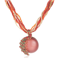 Fashion Peacock Vintage Carving Red Gemstone Pendant Round Necklace