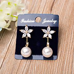 Boucles d'Oreille Perle imitée Zircon cubique A Fleurs Imitation de perle Zircon Plaqué Or Rose Bijoux Bijoux PourMariage Soirée Occasion