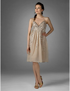 Cocktail Party Dress - Champagne Plus Sizes Sheath/Column V-neck/Spaghetti Straps Knee-length Chiffon
