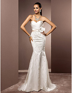 Lanting Bride Trumpet/Mermaid Petite / Plus Sizes Wedding Dress-Sweep/Brush Train Sweetheart Satin / Tulle