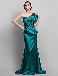 Formal Evening / Military Ball Dress - Plus Size / Petite Trumpet/Mermaid One Shoulder Sweep/Brush Train Stretch Satin