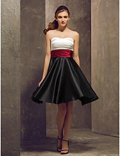 hjemkomst brudepige kjole knæet længde stretch satin en linje stropløs kjole (1040139)