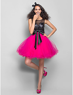 homecoming dress - flerfarvede plus størrelser a-line / prinsesse scoop kort / mini tyl / sequined