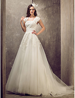Lanting A-line/Princess Plus Sizes Wedding Dress - Ivory Sweep/Brush Train Queen Anne Tulle/Lace