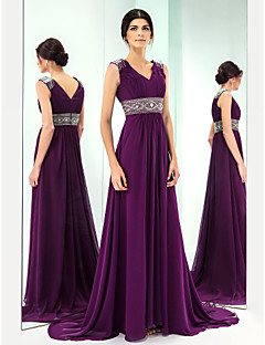Formal Evening Dress - Grape Plus Sizes A-line V-neck Sweep/Brush Train Chiffon