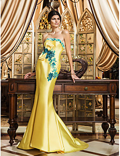 TS Couture® Formal Evening Dress - Vintage Inspired / Floral / Elegant Plus Size / Petite Trumpet / Mermaid Strapless Sweep / Brush Train Satin