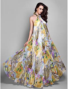 Formal Evening/Prom/Military Ball Dress - Print Plus Sizes Sheath/Column Halter Floor-length Chiffon