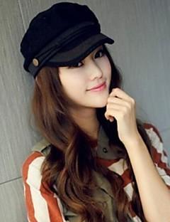 Стильная, повседневная шапка