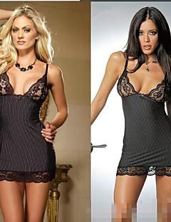 hot girl schwarzen Spitzenkleid Nachtzeug reizvolle Uniform