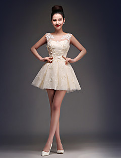Coquetel Vestido Princesa Decote em U Curto / Mini Cetim / Tule com Apliques / Renda