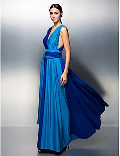 Linha A Decote V Longo Microfibra Jersey Baile de Fim de Ano Evento Formal Vestido com Faixa / Fita Pregas de TS Couture®