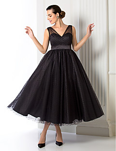Formal Evening / Company Party Dress - Plus Size / Petite A-line / Princess V-neck Tea-length Tulle