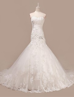 Trumpet/Mermaid Wedding Dress - Ivory Court Train Sweetheart Tulle