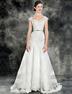 Trumpet/Mermaid Wedding Dress - Ivory Chapel Train Square Lace